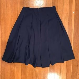 Uniqlo navy blue pleated skirt